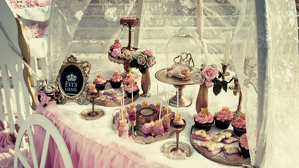 Praline Pastry Shop 5